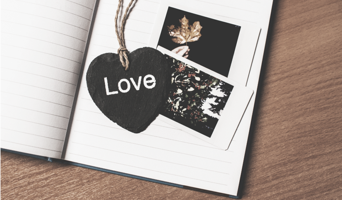 Quand l'amour s'en mail : une romance légère et entraînante