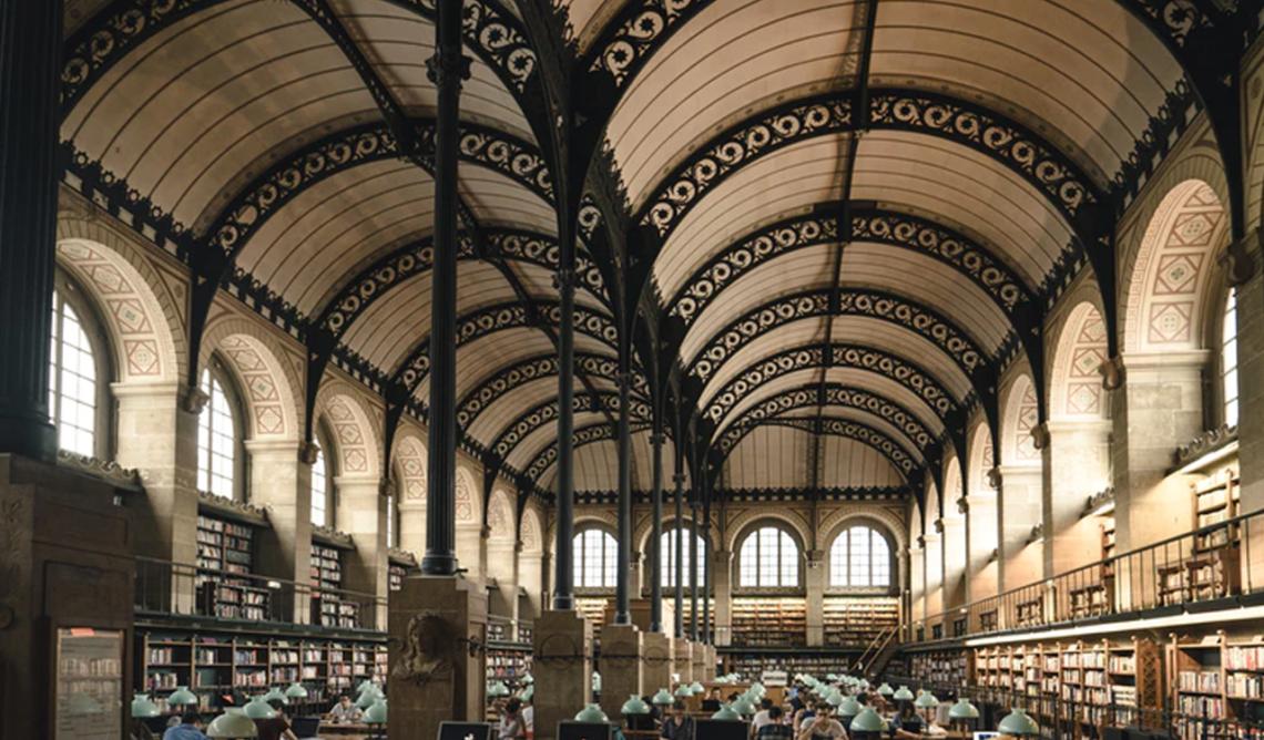 5 livres qui nous amènent dans des écoles de rêve
